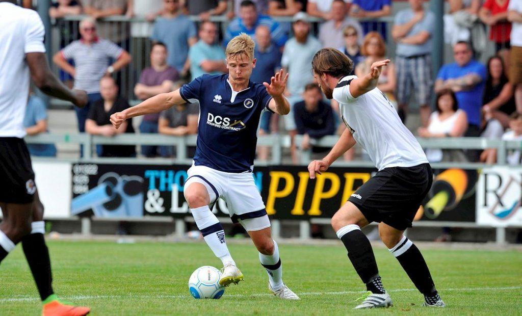 Millwall-vs-Sheffield-Wed-02h45-ngay-1302-1
