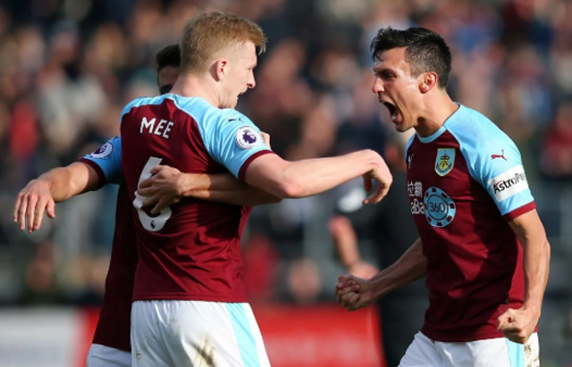 Burnley-vs-Leicester-22h00-ngay-16-3-2