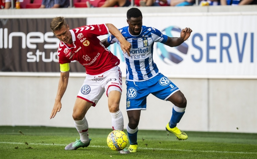IFK-Goteborg-vs-Falkenbergs-FF-00h00-ngay-13-08-2