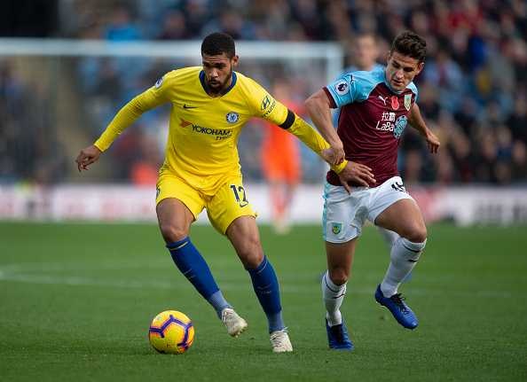 BURNLEY, ENGLAND - OCTOBER 28: Ruben Loftus-Cheek of Chelsea and Ashley Westwood of Burnley in action during the Premier League match between Burnley FC and Chelsea FC at Turf Moor on October 28, 2018 in Burnley, United Kingdom. (Photo by Visionhaus/Getty Images)
